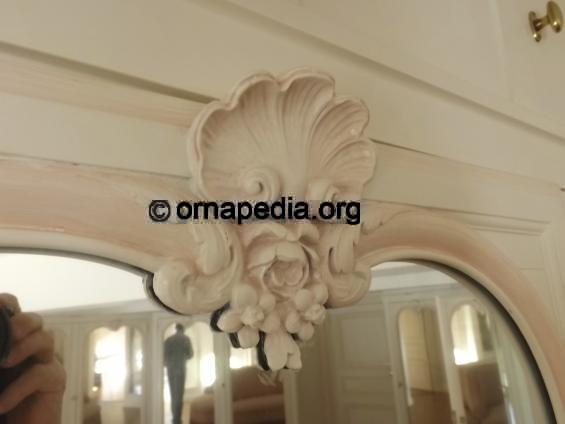 Carolands Chateau Hilsborourgh California - The mezzanine ...