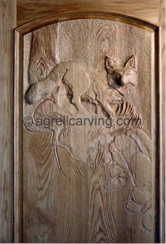 Fox detail on door.