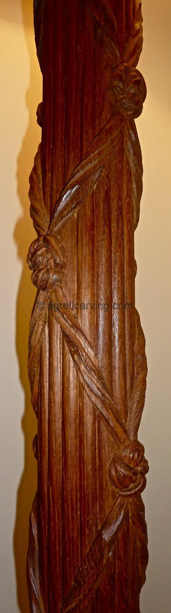 Chippendale column