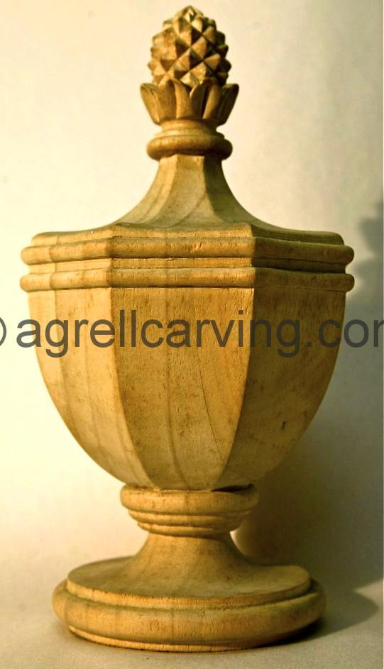 Urn with pineapple