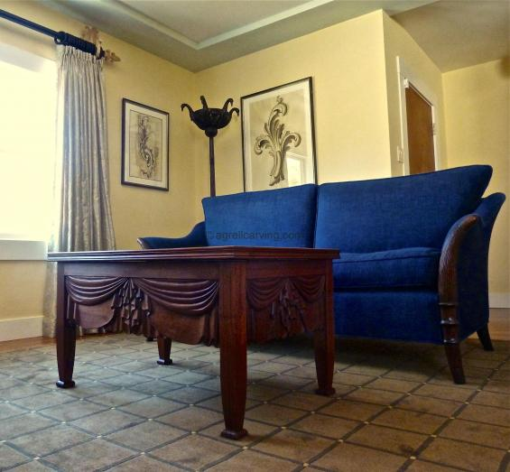 Deco Settee and table