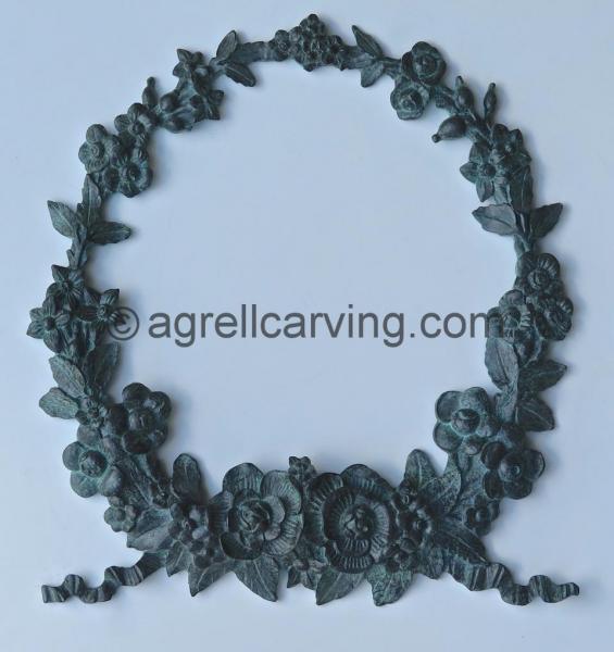 Bronze garland of roses