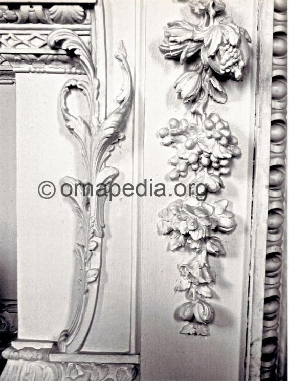 Rococo acanthus