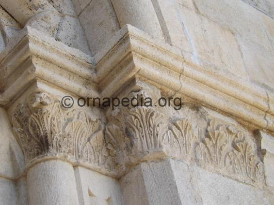 Romanesque pilasters