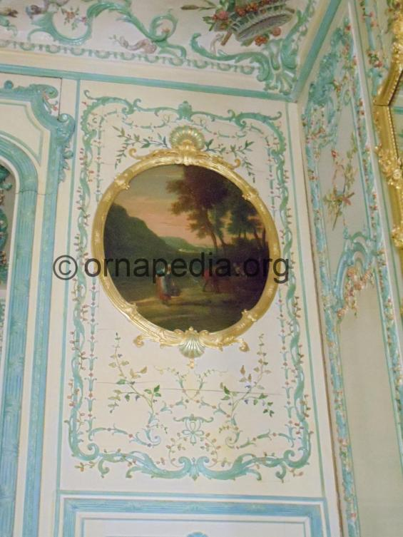 Versailles wall panel