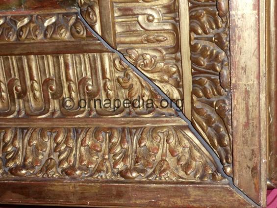Versailles frame detail